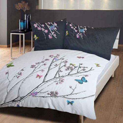 bettw sche bestickt mit wundersch nen und einzigartigen farbenfrohen stickereien. Black Bedroom Furniture Sets. Home Design Ideas