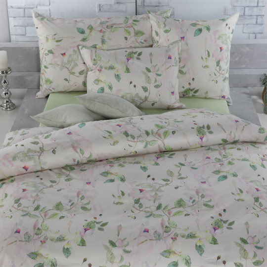 Tamara R Selection Satin Bettwäsche Garnitur Salvia mit Blumen Muster