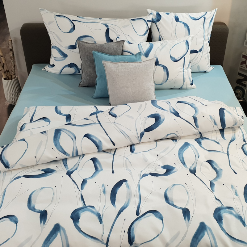 Tamara R Selection Satin Bettwäsche Garnitur Patsy blau mit Aquarell Muster